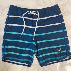 Hollister Men's Board Shorts - size 28